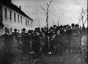 Auf dem Foto sind auch Wilhelm Neumann und Carl Karstädt zu sehen