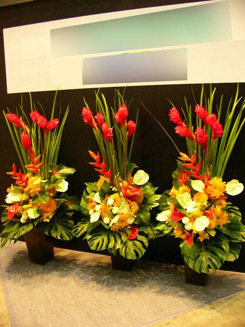 スタンド花・アレンジメント・胡蝶蘭の一括受注、取りまとめ。割引、コミッション