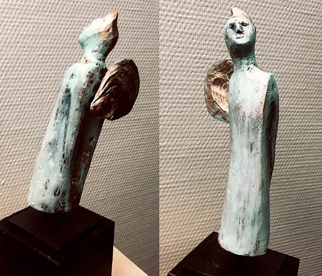 Kleiner Engel mit Muschelflügel | Holz, gefasst | 2021