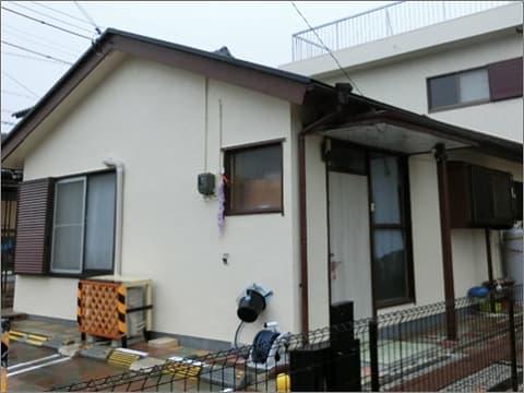 屋上床と外壁、付帯部の塗装工事完了後