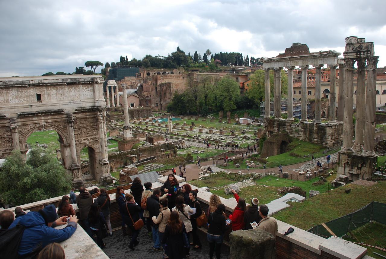 2012. Foros romanos