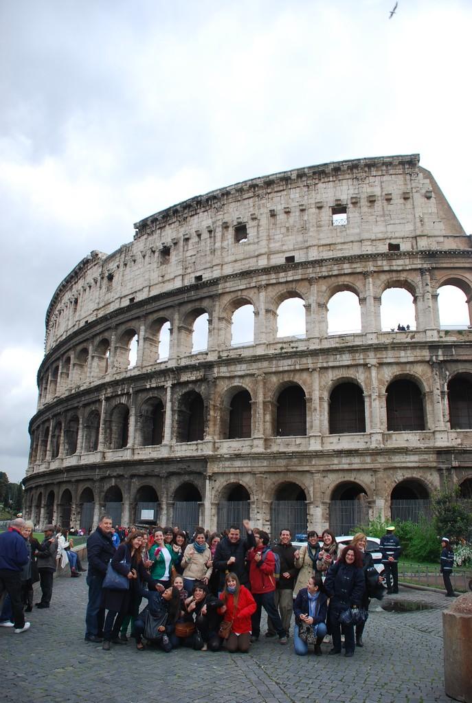 2012. Coliseo