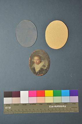 Damenporträt Miniatur auf Kupfer, vor der Restaurierung