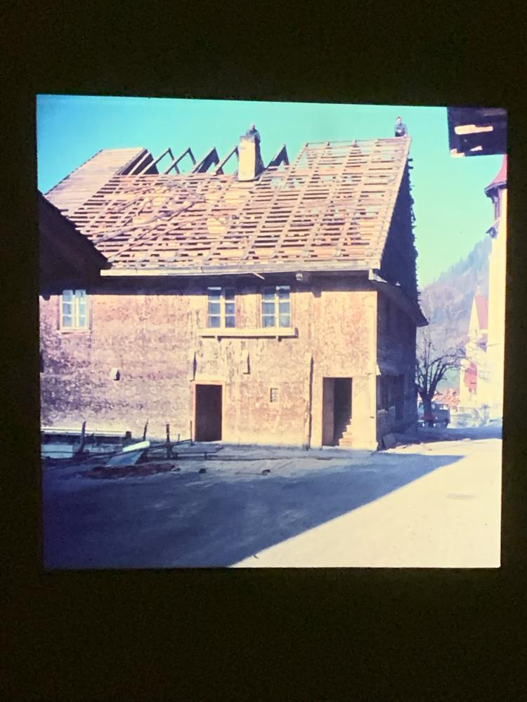 cAltes Schulaus Jaun 1971
