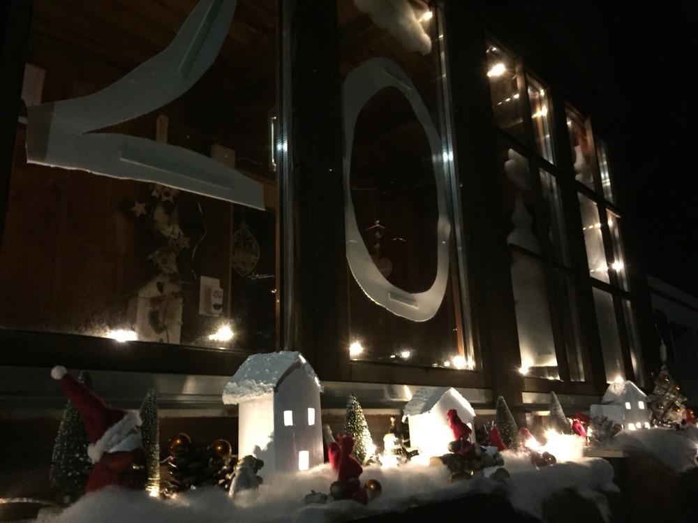 Adventsfenster 2015 Rachel Cattin, Dorfstrasse 17, Jaun