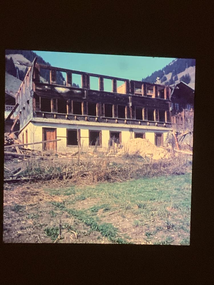 Altes Schulaus Jaun 1971