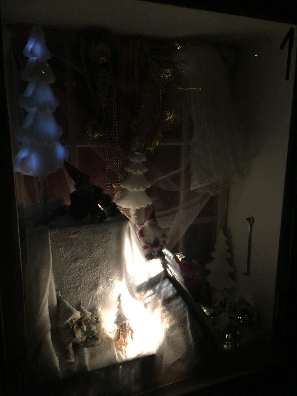 Adventsfenster 2015 Thürler Joël und Fernandez Inès, Tossenstrasse 33, Im Fang
