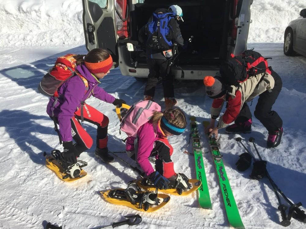 Sportag Schule Jaun 2016, Schneeschuh- und Tourenskiläufer