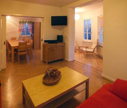 Wohnzimmer im EG - Bild 2