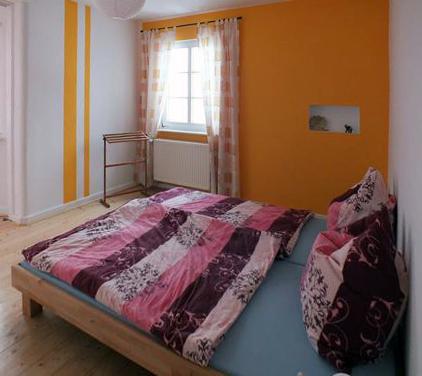 """Das """"orangene"""" Schlafzimmer"""