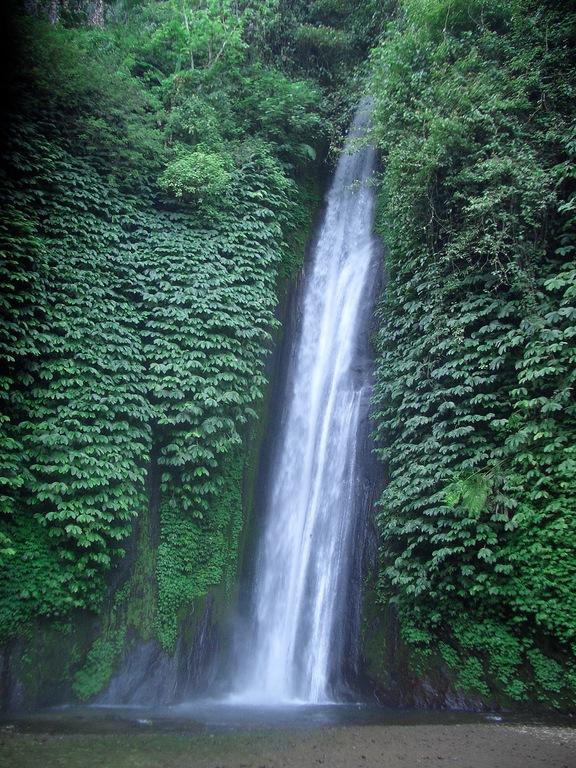 Wasserfall Munduk west Bali