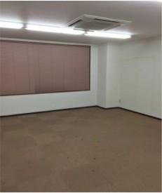 引っ越し後空になった神田TMビルの東京自由大学