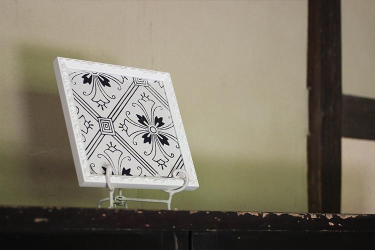 KIRA KARACHOの美しい吉祥文様と共にお待ちしております