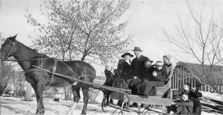 Winter 1917, Forker & Judkins. Vivian & Violet Johnson, Fred Cook, Mary Kerr (Jacobson), Margaret Hattie, Mannie Anderson