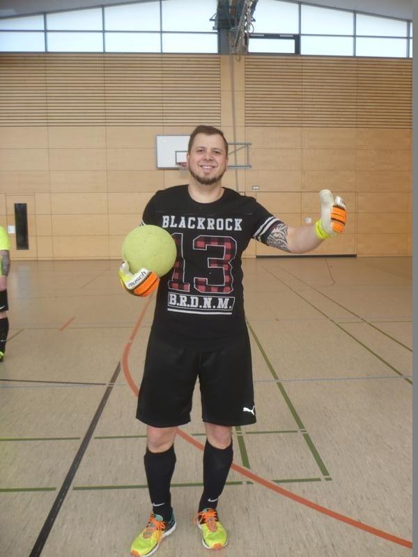 Heute im Tor:   Mirko Best