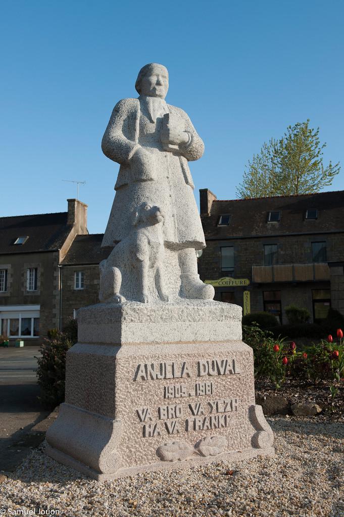 la statue d'Anjel Duval