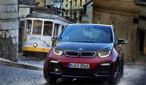 Die 50-mal schnellere Regelung des Elektro-Autos sorgt für mehr Traktion und Fahrstabilität beim widrigen Straßenverhältnissen und bei der Bremsenergierückgewinnung