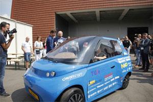 Noah ist ein Elektro-Stadtauto, das laut TU Eindhoven eine Höchstgeschwindigkeit von 110 Stundenkilometern und eine Reichweite von 240 Kilometern ermöglicht. Photo: Bart van Overbeeke