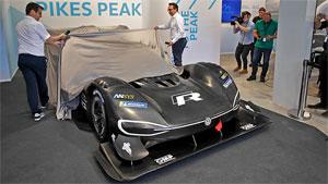 """Der I.D. R Pikes Peak soll beim legendärsten Bergrennen der Welt Elektromobilität emotional und sportlich """"aufladen"""""""