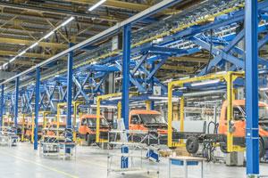 Im Werk Düren werden die StreetScooter-Modelle Work und Work L in den Varianten Pure (nur Fahrgestell), Pickup (Pritschenfahrzeug) und Box (Kofferfahrzeug mit 4 bzw. 8 Kubikmeter Ladevolumen) produziert.