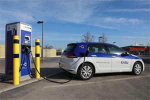 Bis 2020 will die EnBW an 1.000 Standorten Schnelllade-Möglichkeiten für Elektro-Autos anbieten
