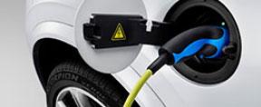Bei den alternativen Antrieben wachsen laut VDIK Pkw mit Elektro- bzw. Hybridantrieb  am stärksten.