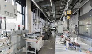 Im Fraunhofer ISC, steht die vollständige Prozesskette für die Herstellung von Batteriezellen zur Verfügung