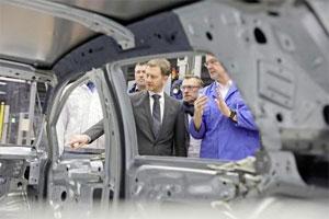 """Ministerpräsident Michael Kretschmer in Zwickau: """"Sachsen wird vom Autoland zum E-Mobilitätsland"""""""