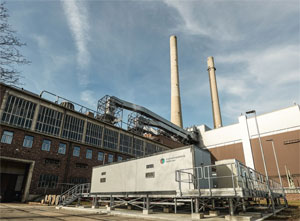 Der Batteriespeicher deckt knapp ein Fünftel der Regelleistung des Kraftwerks in Heilbronn ab und kann diese innerhalb von Sekunden und exakt dosiert aufnehmen oder abgeben