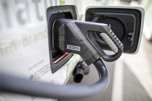 Bis zu 8.000 Euro Kostenzuschuss für Kauf und Leasing von gewerblichen Fahrzeugen mit Elektroantrieb können Unternehmen in Berlin erhalten.