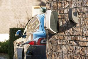Sektorenkopplung: Die Wallbox macht Solarstrom für Elektro-Fahrzeuge nutzbar