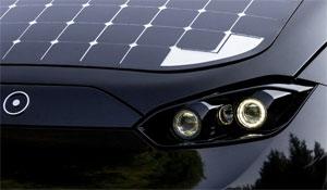 . Der Frontscheinwerfer des Prototypen des Sono Sion. Für die Serie entwickeln Sono Motors und ASG gemeinsam eine neue LED-Scheinwerfertechnologie.