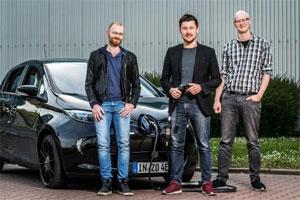 Das ChargeX Gründerteam (v.l.l.n.r.): Michael Masnitza (CBDO), Tobias Wagner (CEO), Johannes Engeln (CTO). Copyright: Provadis GmbH/Lutz Sternstein / Herausgeber: BayStartUp GmbH