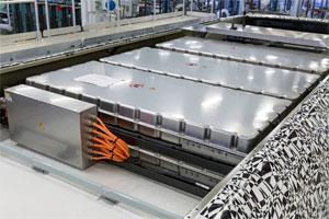 Akasol wird pro Elektrobus bis zu zehn Batteriepakte  mit maximal 243 Kilowattstunden liefern