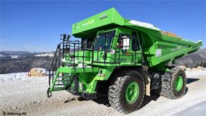 """e_dumper.jpg. In den Muldenkipper """"eDumper"""", das größte Elektro-Fahrzeug der Welt, wurde eine Batterie eingebaut, die mit 4,5 Tonnen so schwer wie zwei komplette PKW ist"""