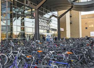 Fahrradparken am Hauptbahnhof Potsdam © ADFC/Gerhard Westrich