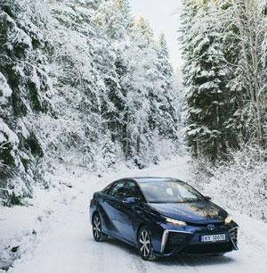 Das Brennstoffzellen-System im Mirai, arbeite erwiesenermaßen selbst bei Temperaturen von minus 37° Celsius uneingeschränkt zuverlässig, betont Toyota