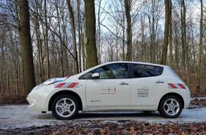 """Elektroauto mit dem Slogan """"Hannover stromert"""""""
