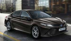 Toyota baut sein Hybrid-Programm in Europa mit dem Camry auf acht Modelle aus