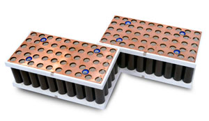 Das für die ecovolta-Akkupacks verwendete Bauprinzip ermögliche die Serienproduktion hochstromfähiger Batteriespeicher, die keine aktive Kühlung benötigen, betont das Unternehmen.