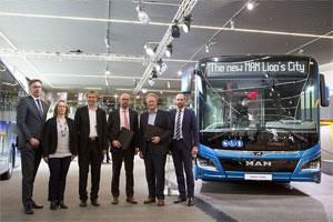 Die Verkehrsbetriebe Hamburg-Holstein GmbH und MAN Truck & Bus wollen gemeinsam die Zweitverwendung von Batterien (Second Life) aus Elektro-Bussen als Energiespeicher auf dem Betriebshof für Ladestationen erproben