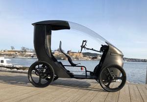 CityQ ist als E-Bike klassifiziert, aber mit vier Rädern ausgestattet und erreicht eine Höchstgeschwindigkeit von 25 km/h.