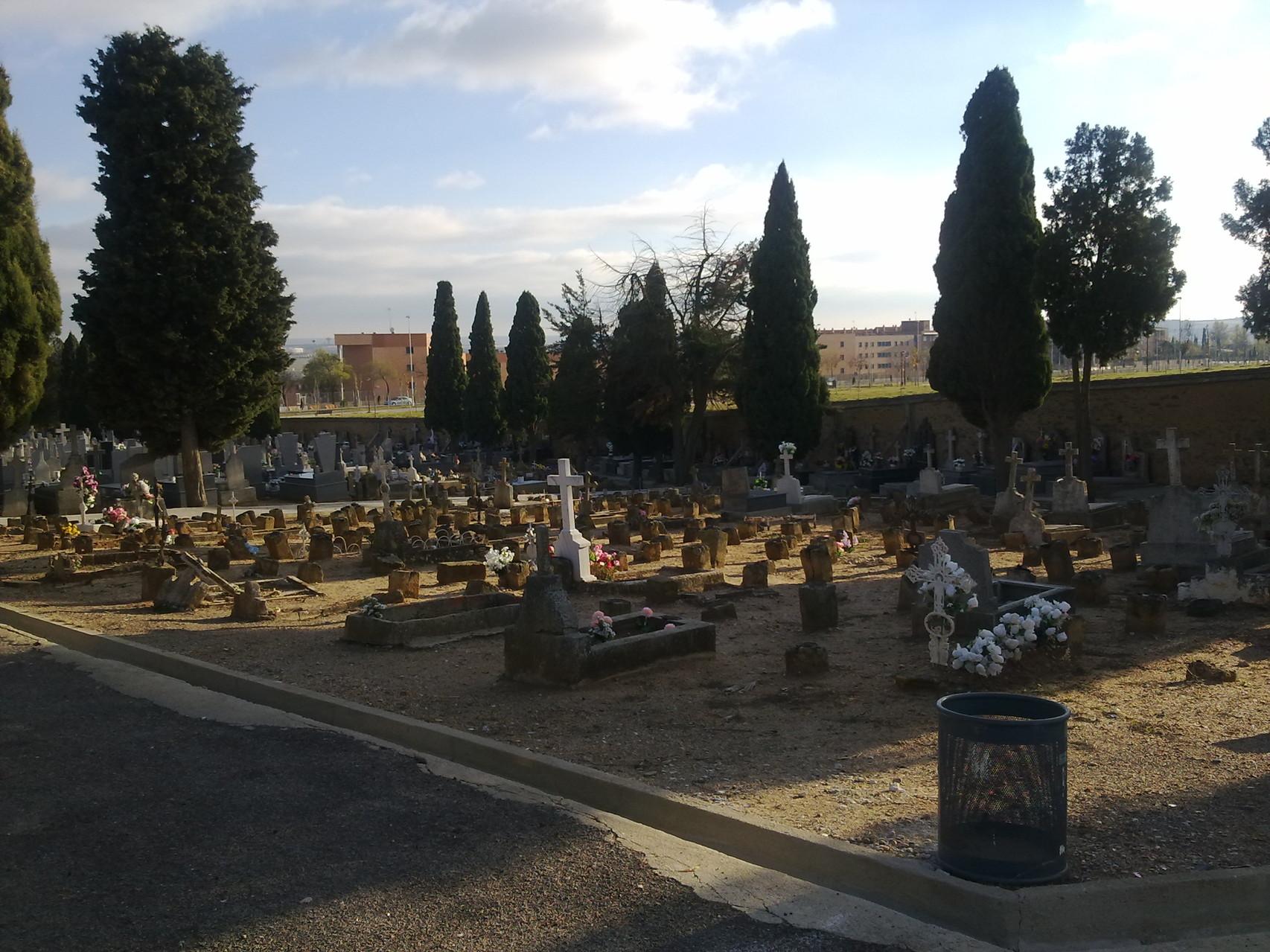 cementerio civil, Salamanca, foto propia