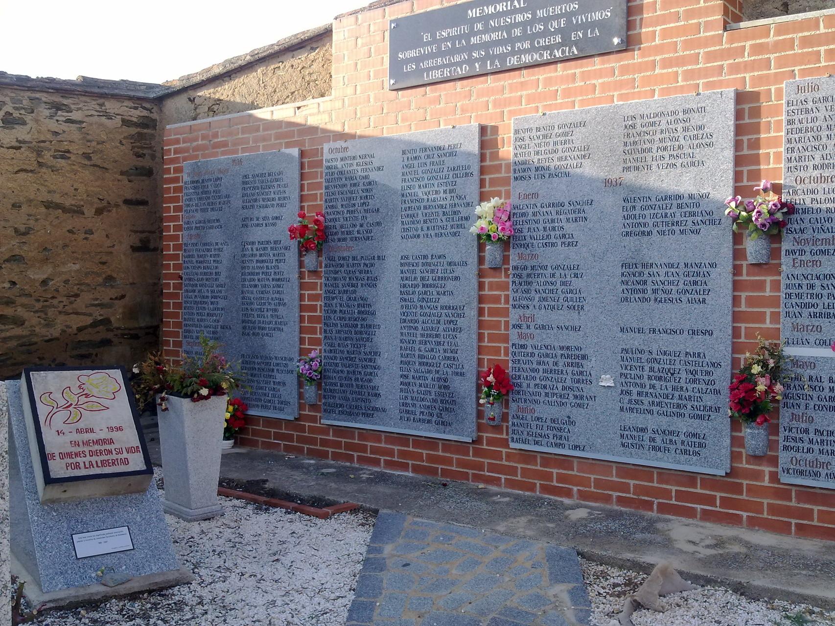 Memorial cementerio de Salamanca, foto propia