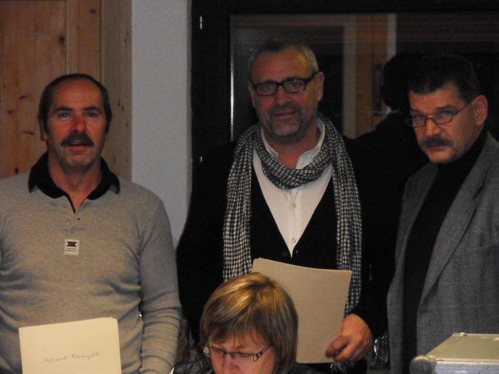 Helmut Namyslo  u. Ronald Ankenbauer (beide 50 Jahre MGL) u. VS-MGL Norbert Simm