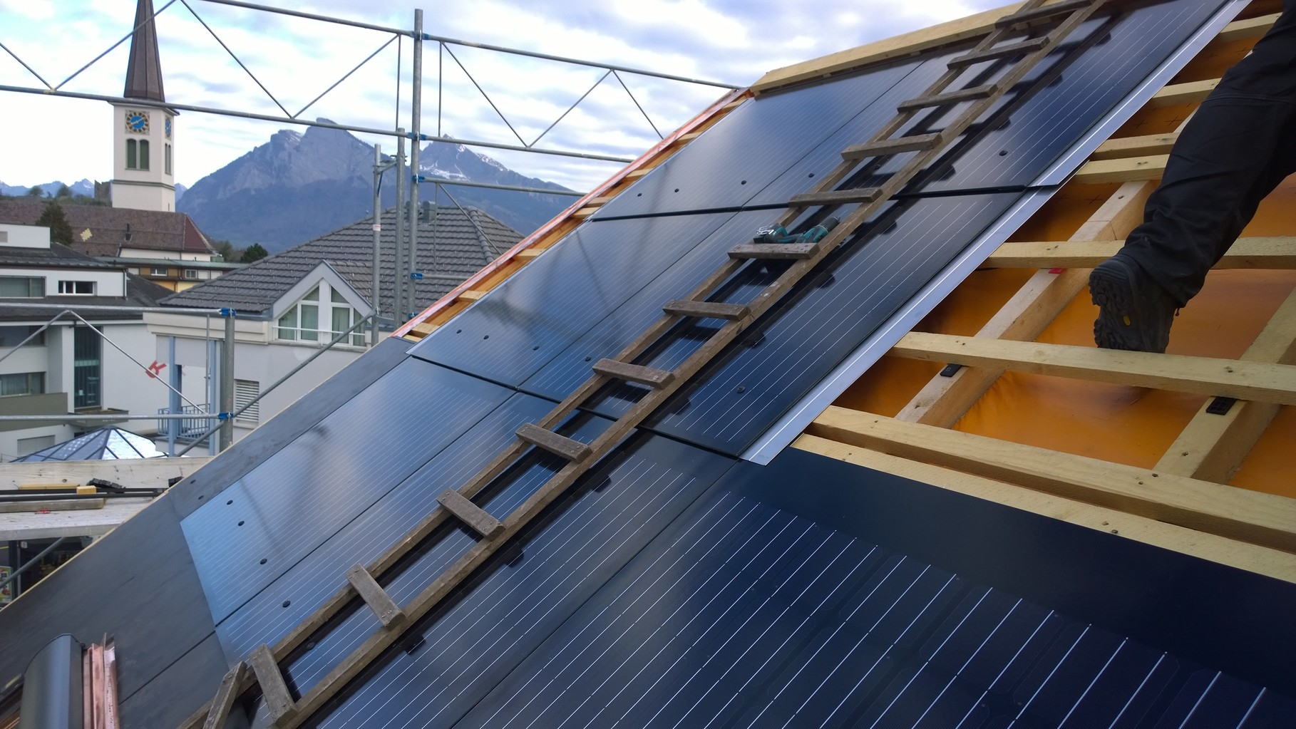 PV-Anlage 2,8kw in Bad Ragaz. Modul: Eternit Integral Plan 180 Wp Indachanlage