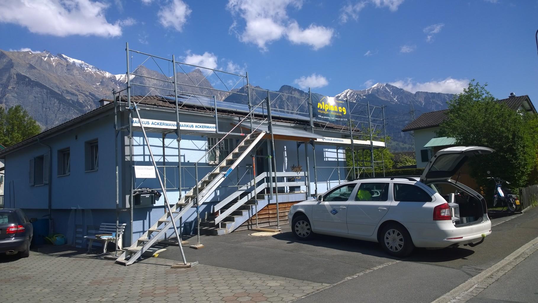 PV-Anlage 9kw in Bad Ragaz. Modul: Yingli Panda 275 Monosol Unterbau: IBC Top-Fix 200
