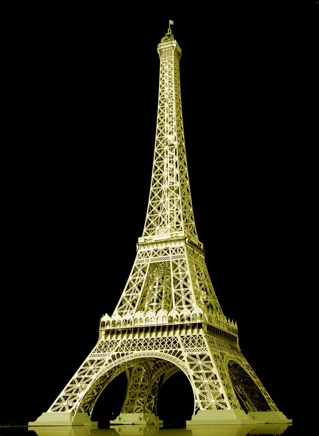 金のエッフェル塔を受注生産します。
