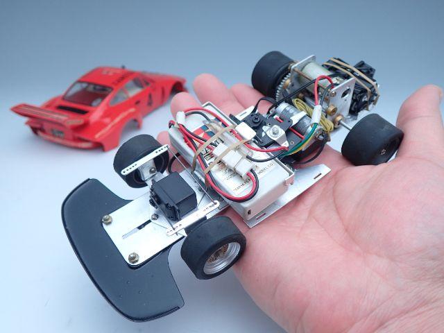 あれ?そうです。あのラジコンカーを1/2サイズで作りました。