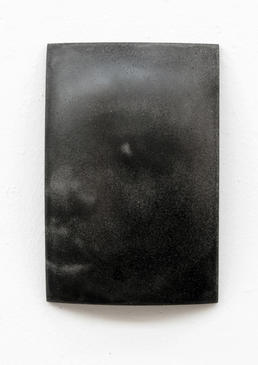 """""""Kainebi"""", Beton/Gravur,  36 x 24 x 9, 2011"""